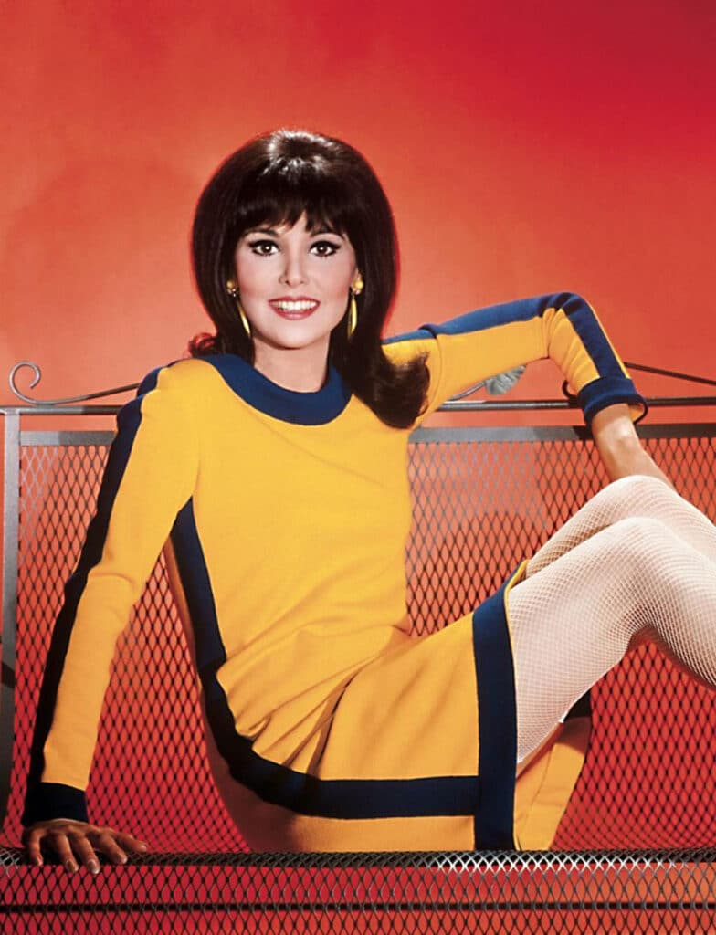 Who's That Girl? How Actress Marlo Thomas & Designer Marilyn Lewis Influenced Fashion 13